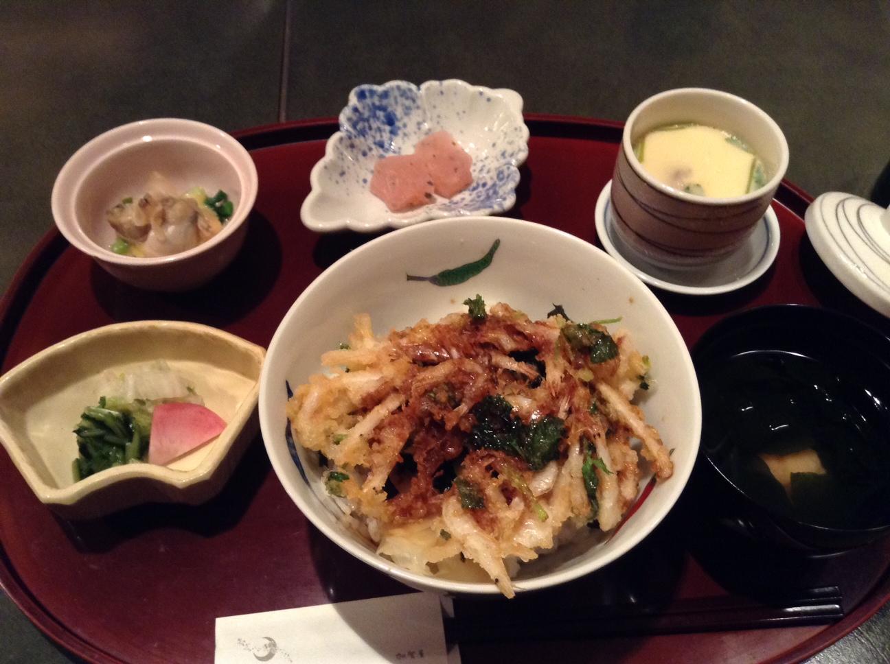 加賀屋の「白えびのかき揚げ天丼」